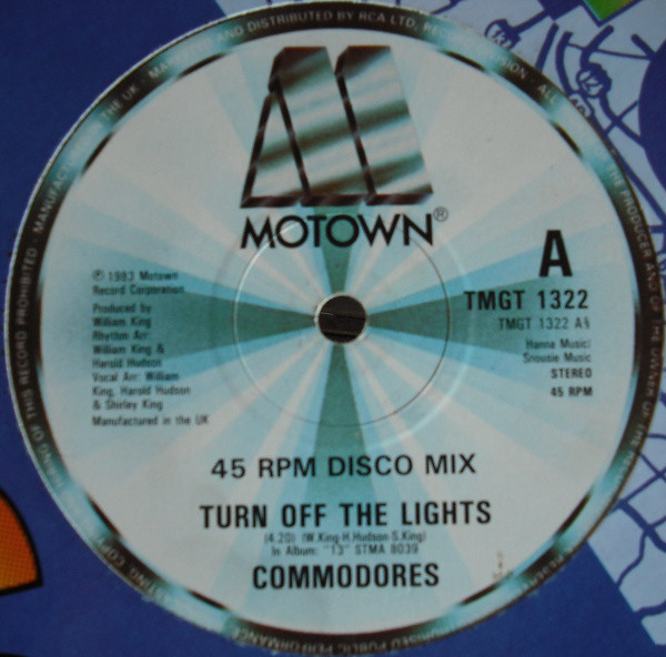 COMMODORES - TURN OFF THE LIGHTS