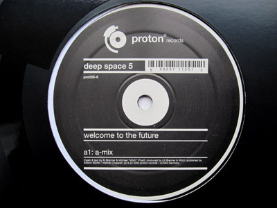 DEEP SPACE 5 - WELCOME TO THE FUTURE