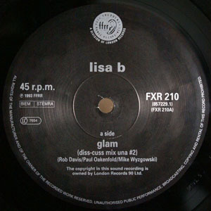 Lisa B - Glam