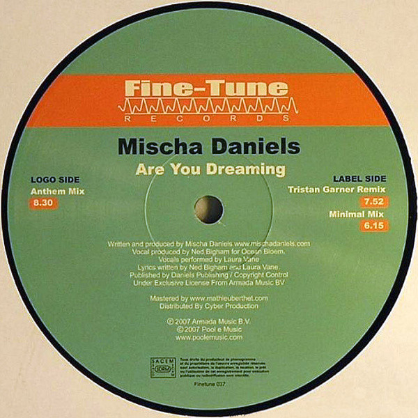 Mischa Daniels - Are You Dreaming