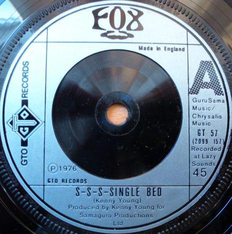 Fox - S-S-S-Single Bed