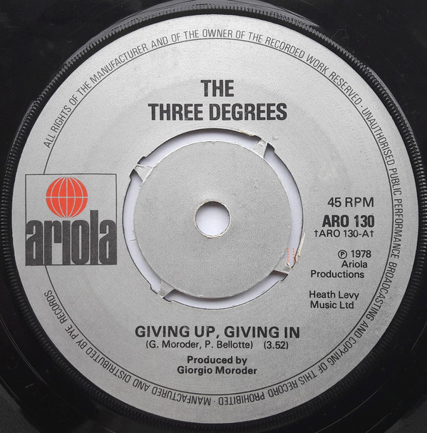 The Three Degrees - Giving Up, Giving In