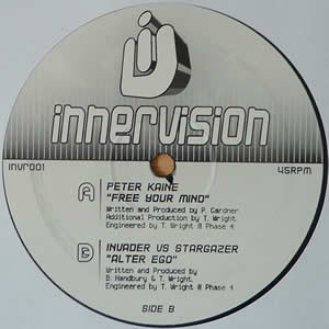 PETER KAINE / INVADER Vs STARGAZER - FREE YOUR MIND / ALTER EGO