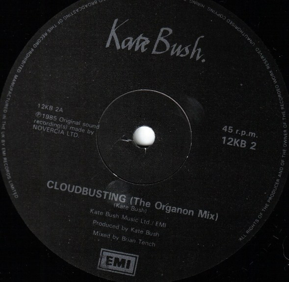 Kate Bush - Cloudbusting