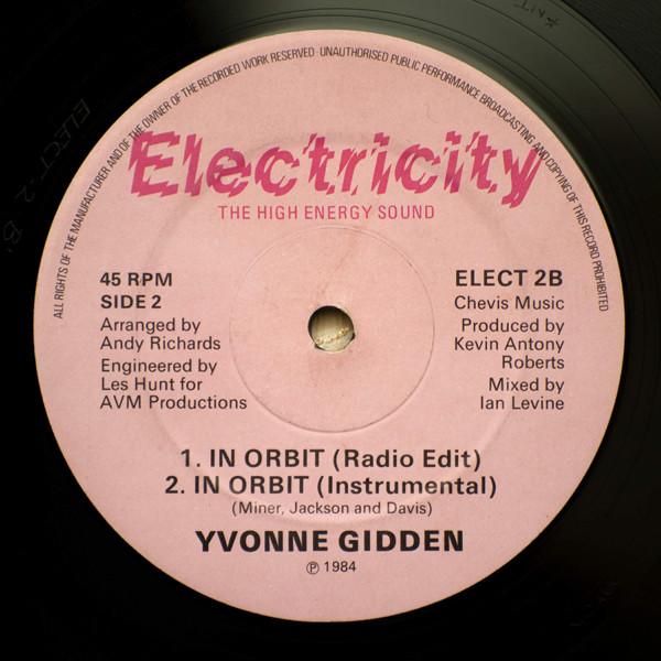 Yvonne Gidden - In Orbit